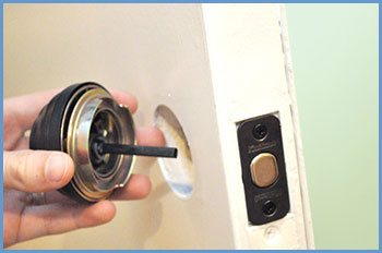State Locksmith Services Philadelphia, PA 215-583-2458